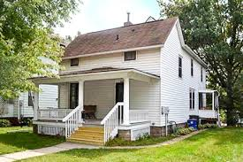 3 bedroom apartments in iowa city downtown house duplex apartment rentals iowa city erp rentals