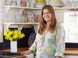 Alison Victoria Kitchen Crashers by Personality Packed Kitchen Hgtv