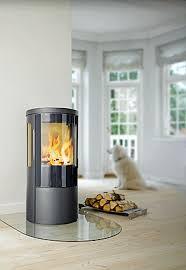 kaminofen design heiße kaminöfen in skandinavischem design