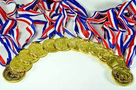 halloween medals amazon com u s toy gold medals pack of 12 1 5 inch toys u0026 games