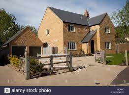 new house uk detached stock photos u0026 new house uk detached stock