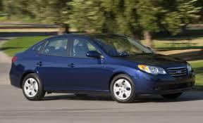 2009 hyundai elantra touring review 2010 hyundai elantra blue 35 mpg 14 865 car and driver