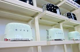 Two Toasters Relive The Space Age With Smeg U0027s New Retro Appliances Reviewed