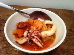 cuisiner des calamars soupe de penne chorizo et calamars envie de cuisiner