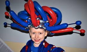 balloon delivery las vegas birthday balloon crown by las vegas balloon artist and