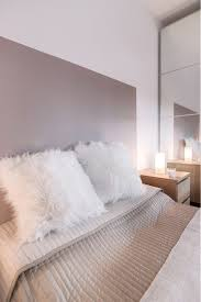chambre opale blanc chambre cocooning taupe beige et blanc cosy tete lit couvre dessus