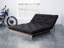 matelas futon canapé banquette convertible en bois avec matelas futon roots