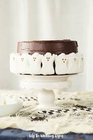 make a halloween cake how to make a simple yet spooky no bake halloween ghost cake