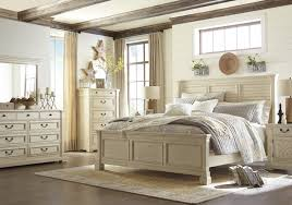 Bedroom Dresser With Mirror by Bolanburg 5 Pc Bedroom Dresser Mirror U0026 Queen Panel Bed With