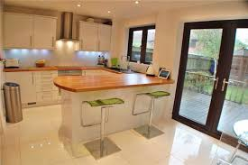small kitchen diner ideas combine the kitchen with the dining to obtain space for