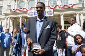 The Doc And Darryl Mets - doc gooden gets key to city in do over of 86 mets world series