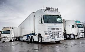 new volvo tractor volvo fh 500 6 2 tractor globetrotter cab uk spec u00272012 u2013pr