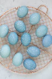 how to dye easter eggs with blueberries freutcake