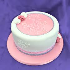 birthday cakes for men and women