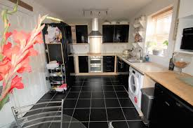 solid wood kitchen cabinets quedgeley 4 bedroom semi detached house for sale in gloucester