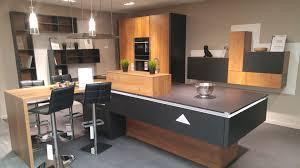 cuisine schmidt caen table de travail cuisine superbe avec plan 0 schmidt newsindo co