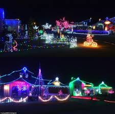 pictures of homes decorated for christmas australian homes light up for spectacular christmas displays