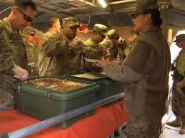 us troops celebrate thanksgiving in iraq