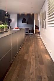 revetement sol cuisine pvc revêtement sol cuisine 19 modèles de sol pour une cuisine au top