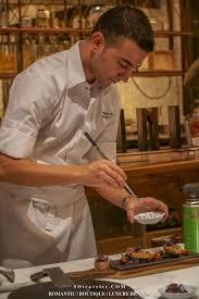 chef en cuisine chef roberto ประจำห องอาหารสกาล น scalini ช น 2 ฮ ลต น
