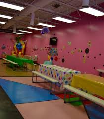 indoor play treasure island playground livonia michigan