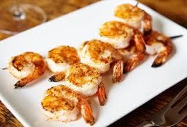 idee recette cuisine recette brochettes de crevettes au piment d espelette 750g