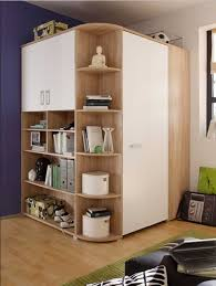 jugendzimmer begehbarer kleiderschrank begehbarer eckkleiderschrank jugendzimmer in eiche weiß dekor mit