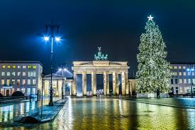 7 most beautiful christmas trees around the world chadwicks blog