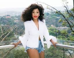 kelly khumalo s recent hairstyle kelly khumalo goes blonde daily sun