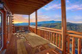 3 bedroom cabins in gatlinburg tn for rent elk springs resort top of the world pool lodge