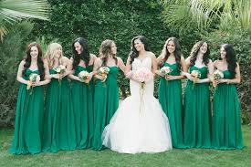 Green Wedding Dresses Wears White Mermaid Wedding Dress Bridesmaids In Emerald Green