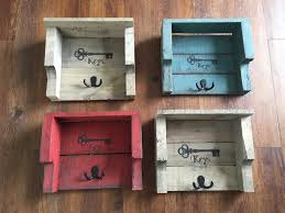 rustic pallet key holders u2022 1001 pallets