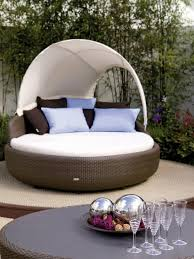 Outdoor Wicker Patio Furniture Round Canopy Bed Daybed - furniture outdoor wicker daybed outdoor daybed with canopy