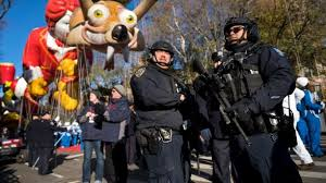 macy s thanksgiving day parade rolls on with balloons bands
