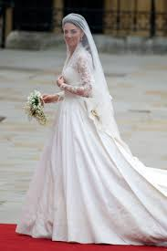 wedding dress eng sub royal couture william and kate royal wedding kate wears
