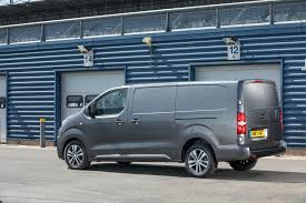 peugeot expert peugeot expert long uk spec u00272017