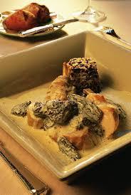 cuisiner poule recette poulard de bresse au vin jaune et aux morilles
