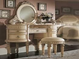 Vintage Vanity Table Table Surprising Best 25 Antique Makeup Vanities Ideas On