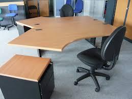 occasion mobiliers de bureau bureau angle déporté d occasion