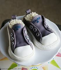 kid birthday cake idea converse sneakers cake easy recipes