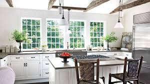 best antique white paint color for kitchen cabinets best benjamin