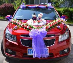 creative wedding car decoration wedding car cartoon bear dressed