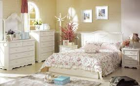 Shabby Chic Bedroom Furniture Cheap by Shabby Chic Bedroom Yellow Creamy Bedroom Furniture Set Natural