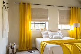 how to decorate a room with yellow walls decorating living