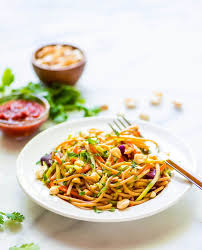 asian noodle salad with creamy peanut dressing