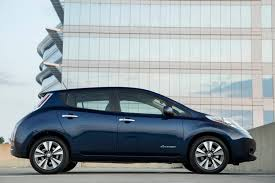 nissan leaf for sale 2017 nissan leaf gas mileage the car connection
