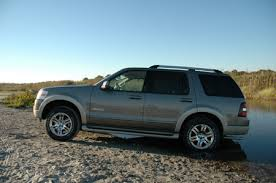 towing capacity 2004 ford explorer ford explorer eddie bauer