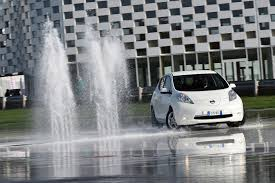 nissan leaf australia price nissan abandons 24 kwh leaf in europe only 30 kwh model now