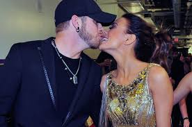 brantley gilbert earrings country routes news 48th acm awards 2013 fashion