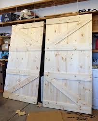 How To Build Barn Doors Sliding Little Yellow Barn Diy Barn Door Headboard Diy U0026 Projects